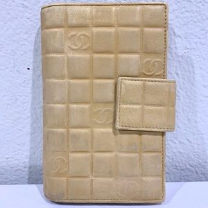 CHANEL Chocolate Bar CC Mark Lambskin Wallet